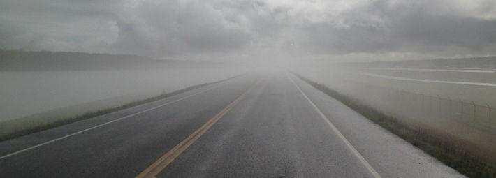 雨天時の道路